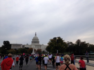 Read this Marine Corps Marathon recap to get inspired and ready to run one of the best marathons in the world! http://suzlyfe.com/mcm-marathon-recap-bigger-than-yourself-mimm/